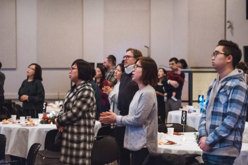 Photo of worship time at ILM Korean banquet
